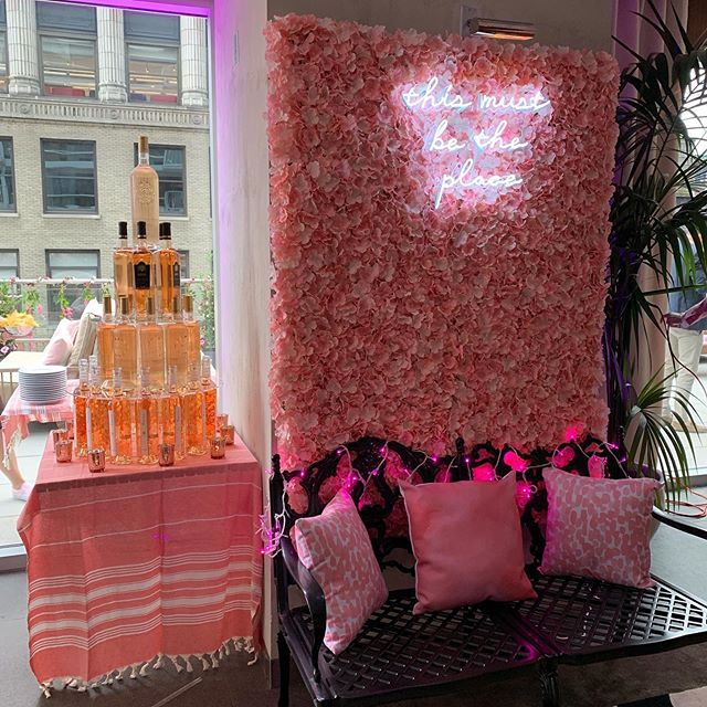 This is DEFINITELY the place. If you're in NYC tonight, this weekend, or any time this summer really, head to the Rosé Terrace at @mondrianterrace in the @mondrianparkavenue hotel. Drink delicious and award-winning rosé from @inspirationrosewine, @romancerosewine and @ultimate_provence. #roséterrace #roséallday #roséseason