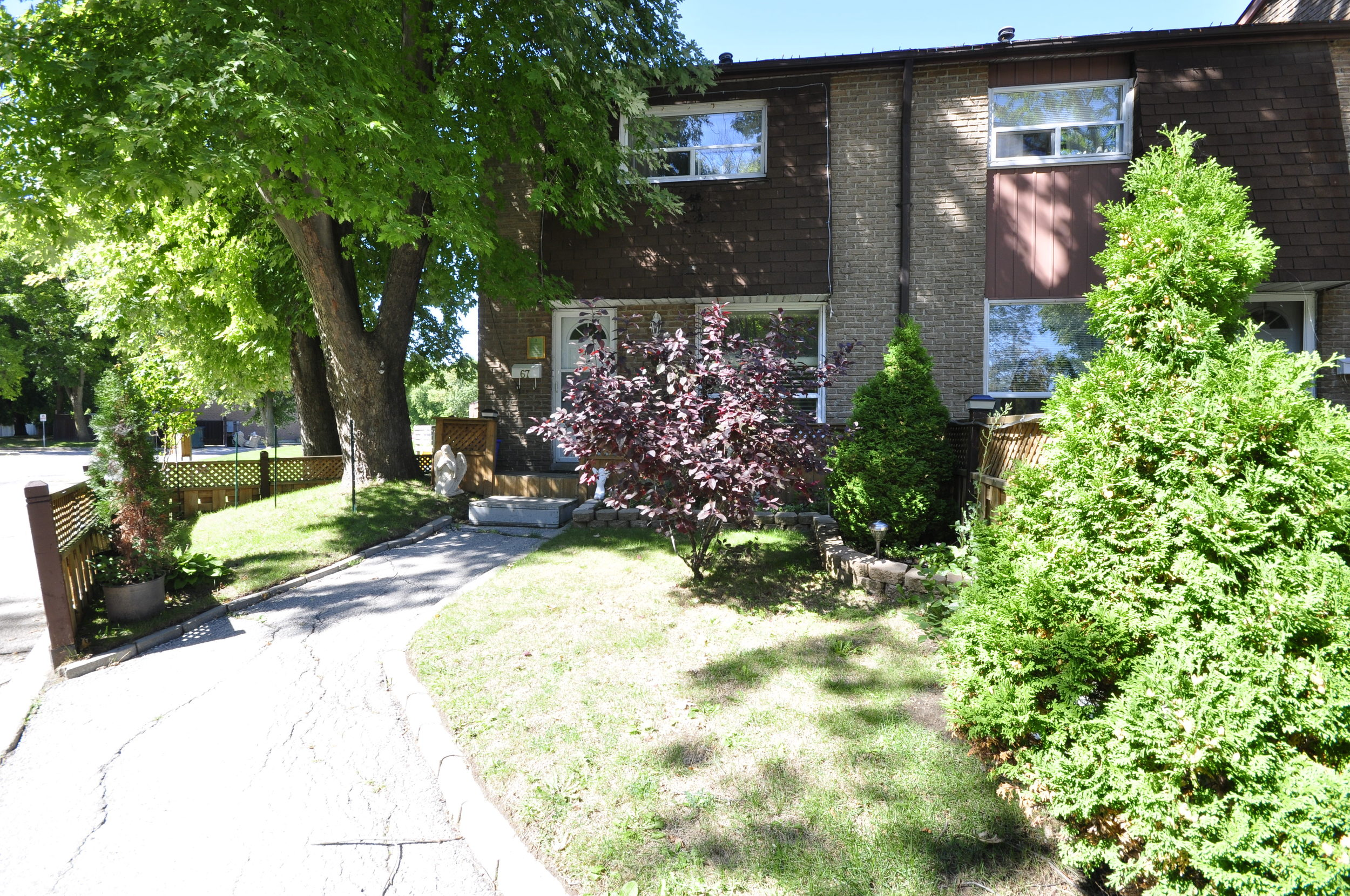 3400 Credit Woodlands, Mississauga, Ontario