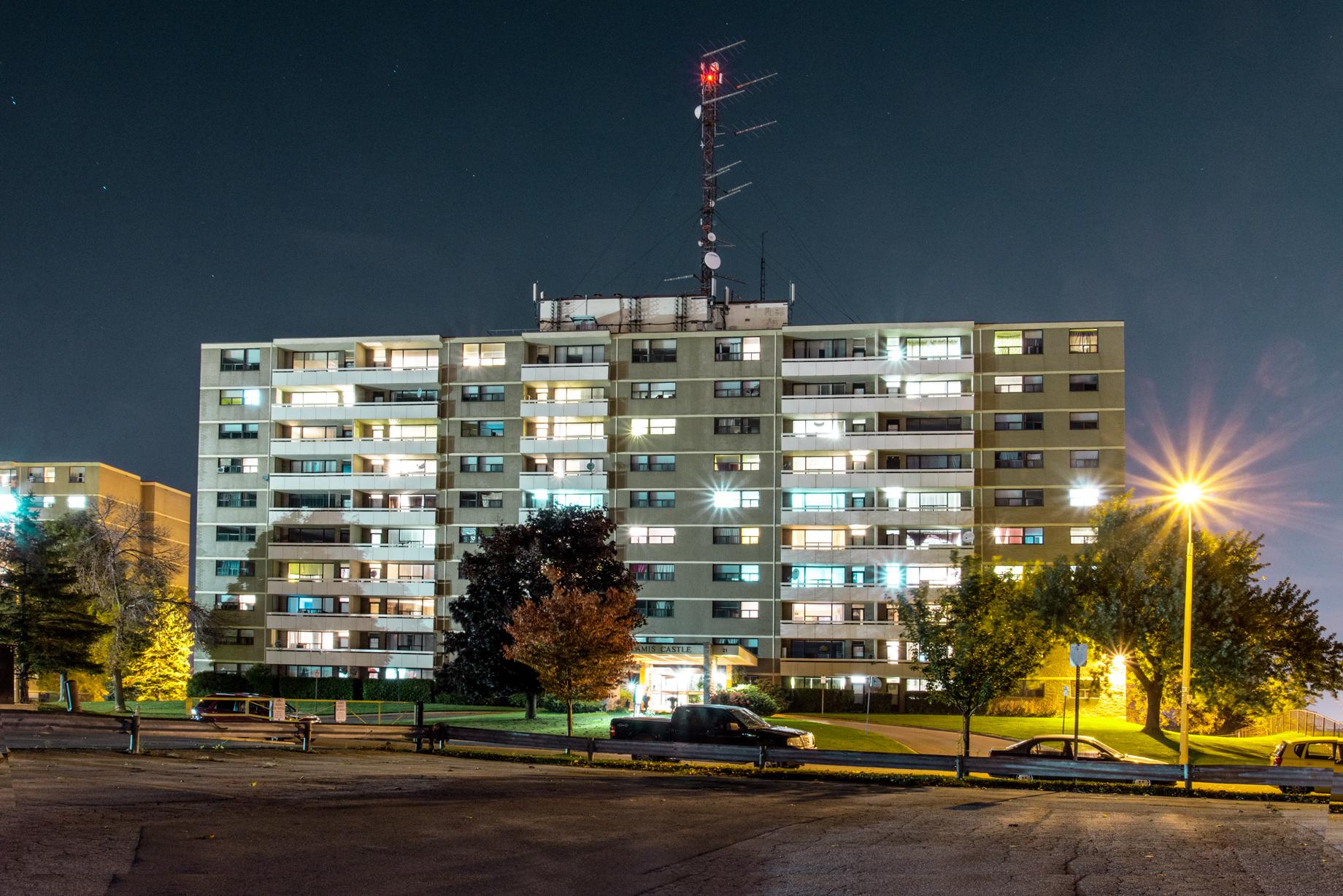 21 Kendale Avenue, Waterdown, Ontario