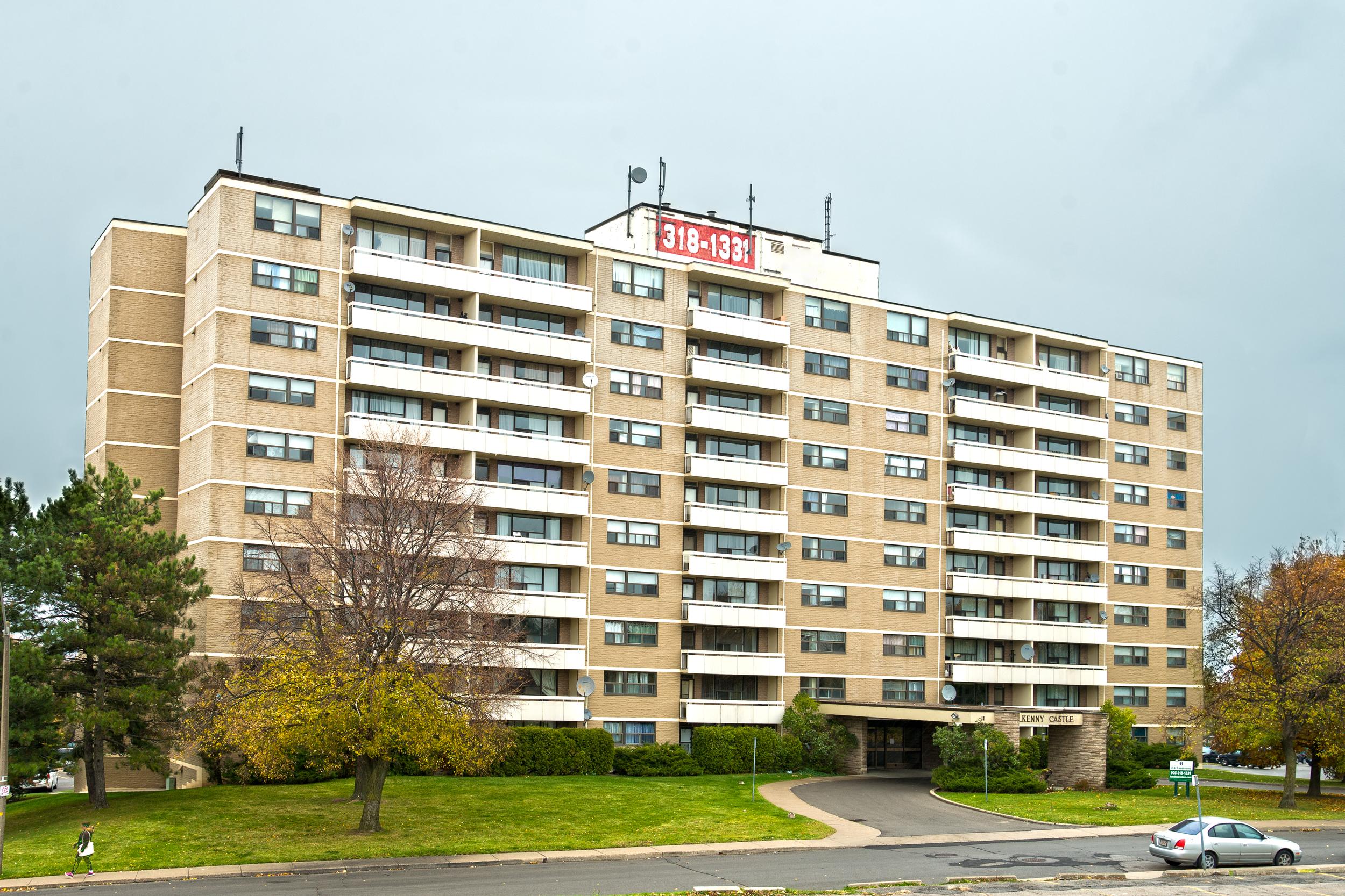 11 Kendale Avenue, Waterdown, Ontario