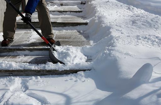 rental-property-whos-repsonsible-snow-removal.jpg