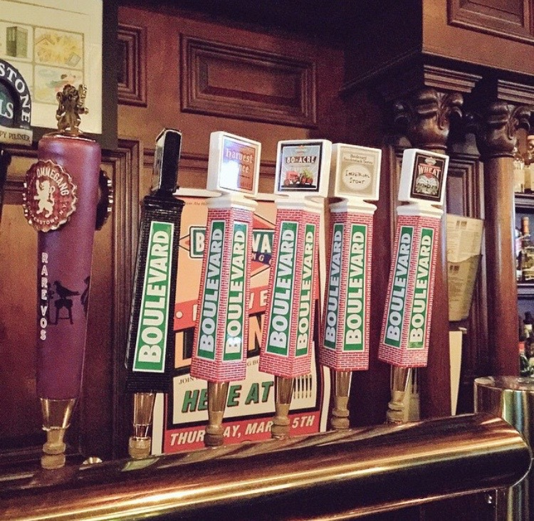 @chuck_aA taste of my first home, Kansas City, makes its way to NYC, specifically the Amsterdam Ale House #love #makingplaceuws