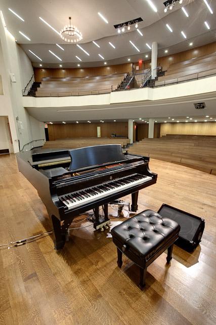 grand-piano_47020939912_o.jpg