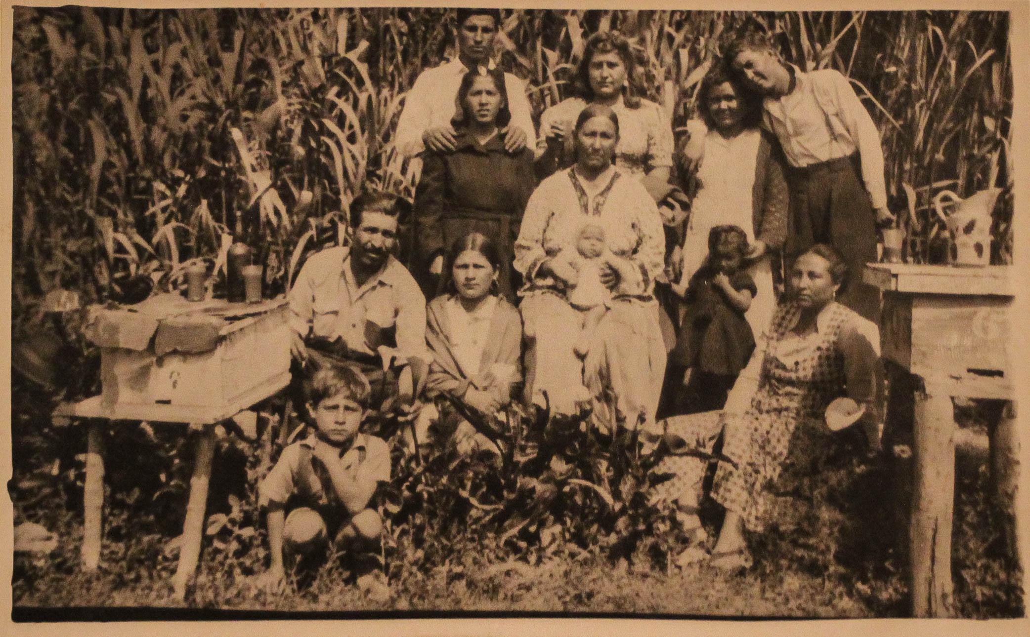 FAMILY1 (1 of 1).jpg