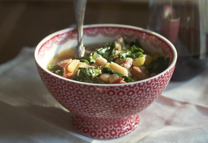 Easy White Bean Soup :: Set the Table