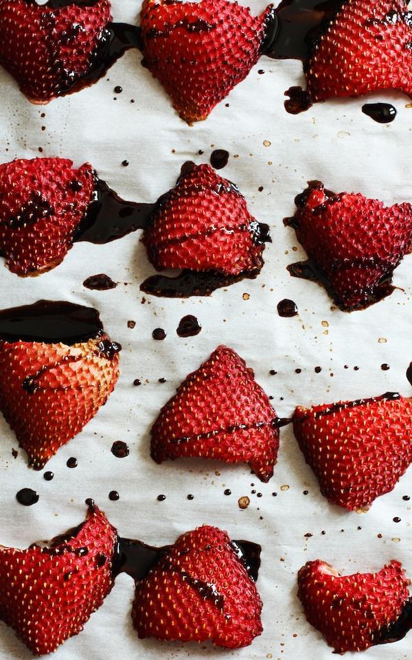 roasted-balsamic-strawberries1