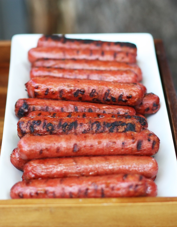 Hot Dogs from the Grill | Set the Table
