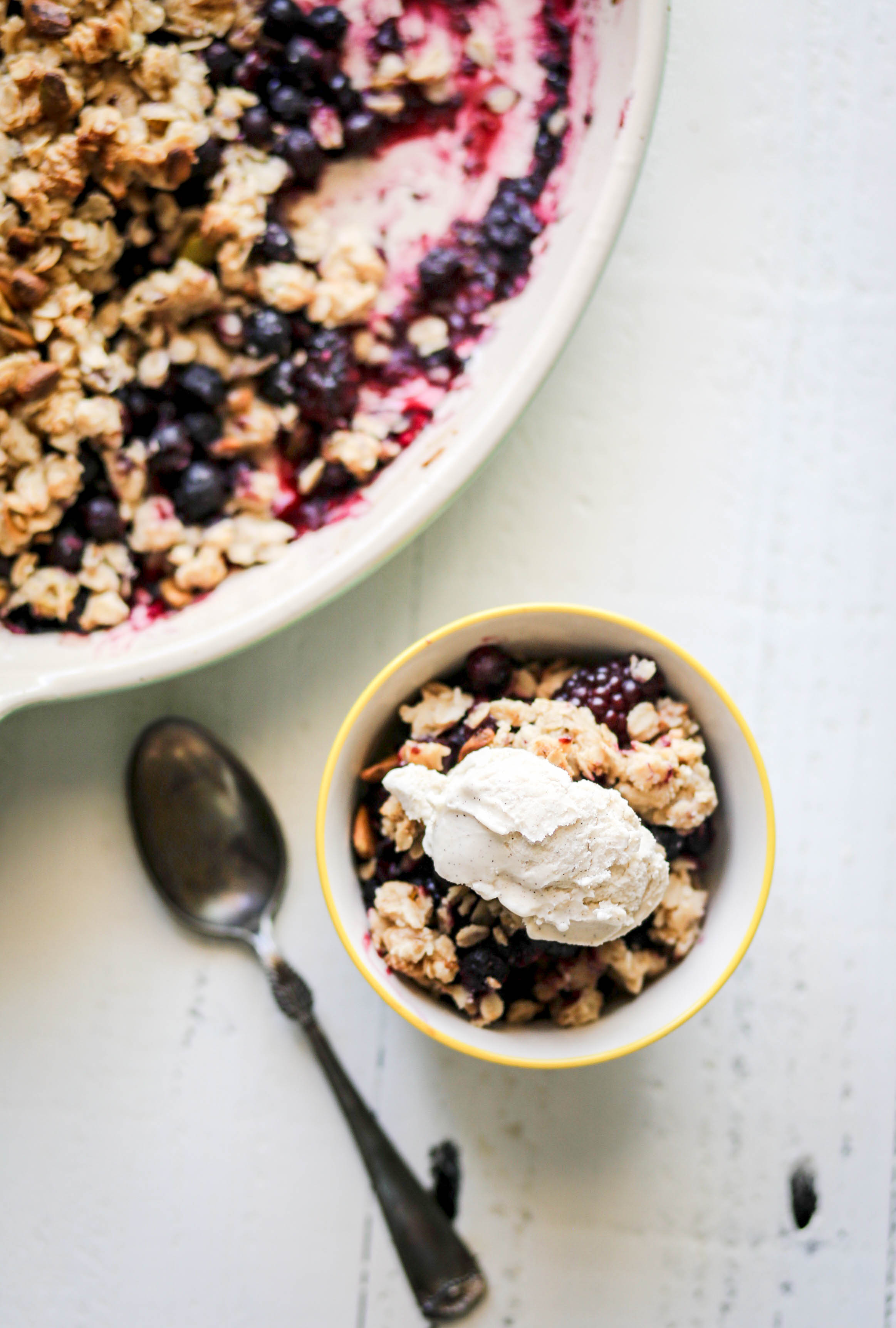 black & buelberry crisp