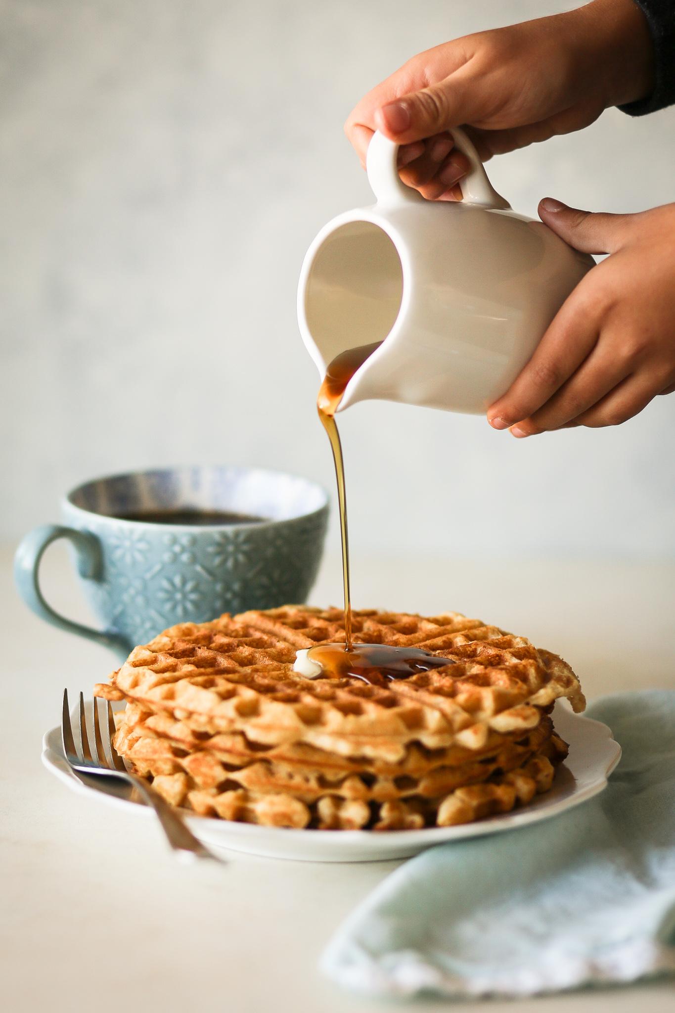 Brown Butter Vanilla Waffles | Set the Table #waffles #wafflerecipe #breakfast #brunch #brownbutter