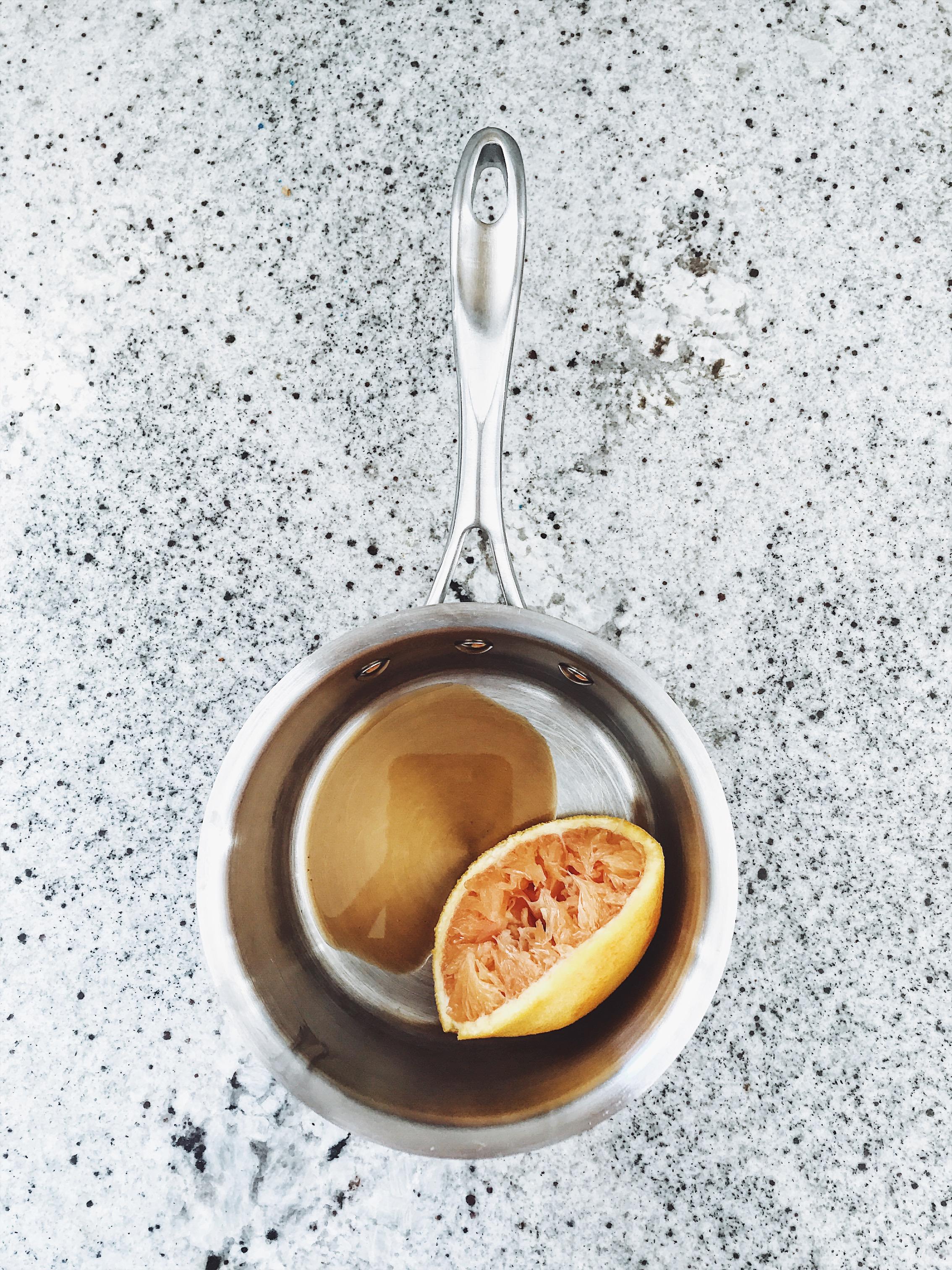 Wasteless Wednesday | Citrus + Vanilla Air Freshener | Set the Table #wastelesswednesday #setthetableblog #diy #airfreshener #citrusscraps