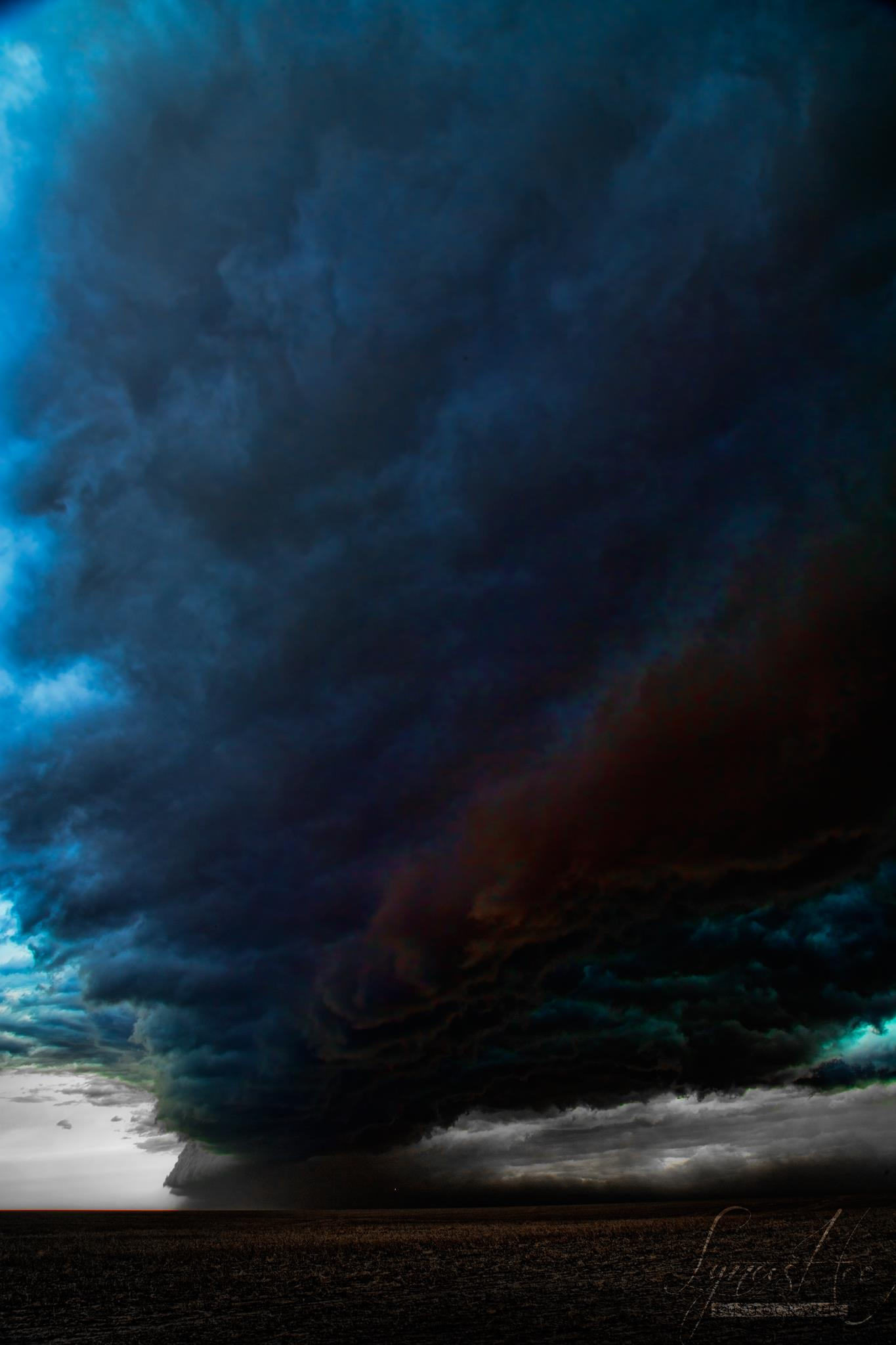 Storm Chasing 004.jpg
