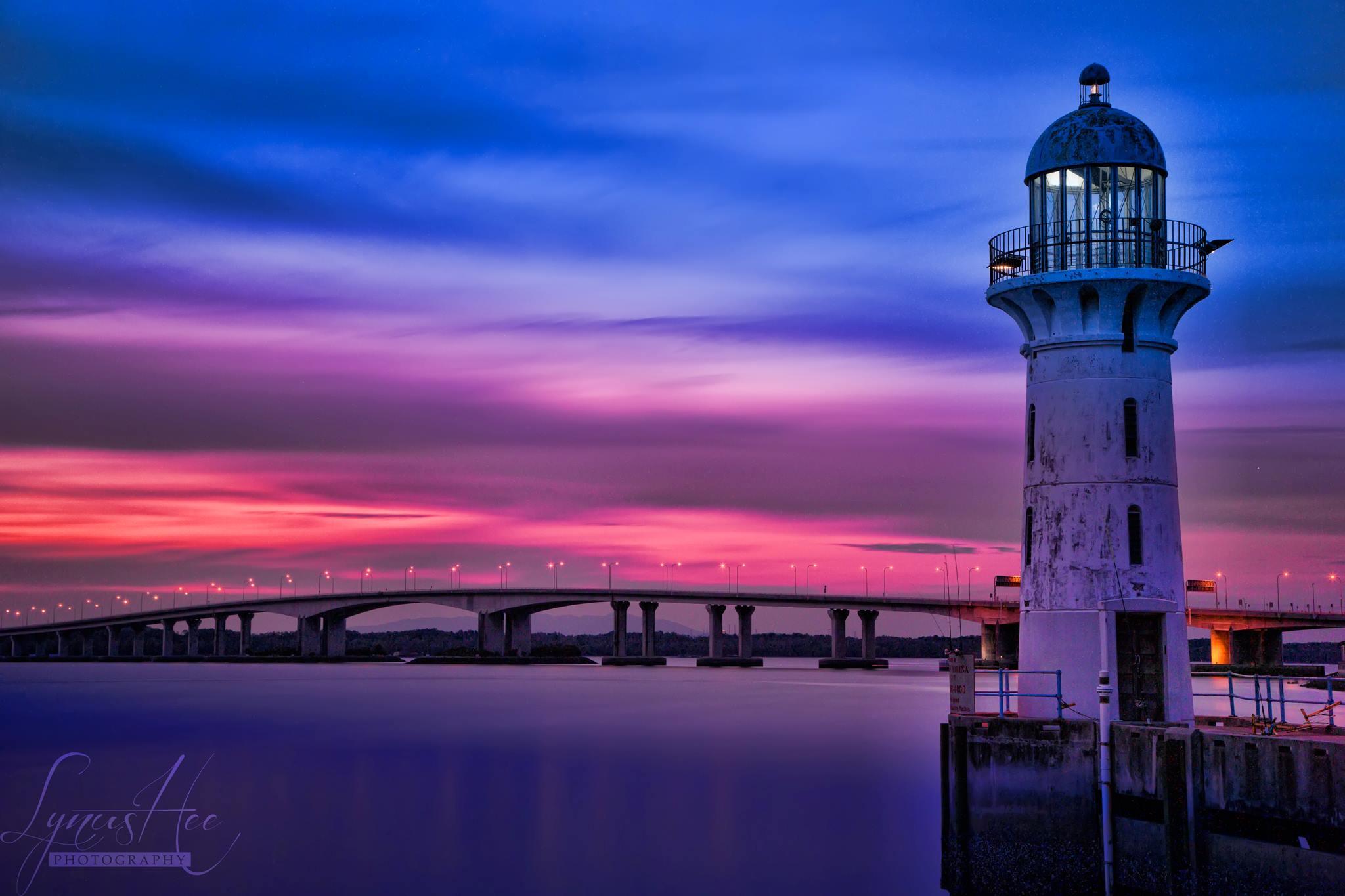 Lighthouse 002.jpg