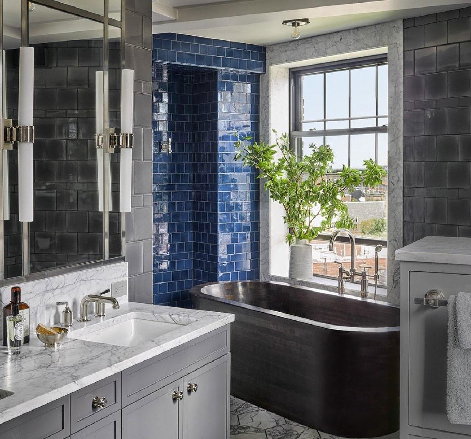 Andy Cohen Merges Three Manhattan Apartments Into An Entertaining Fun House - New York Duplex.jpg