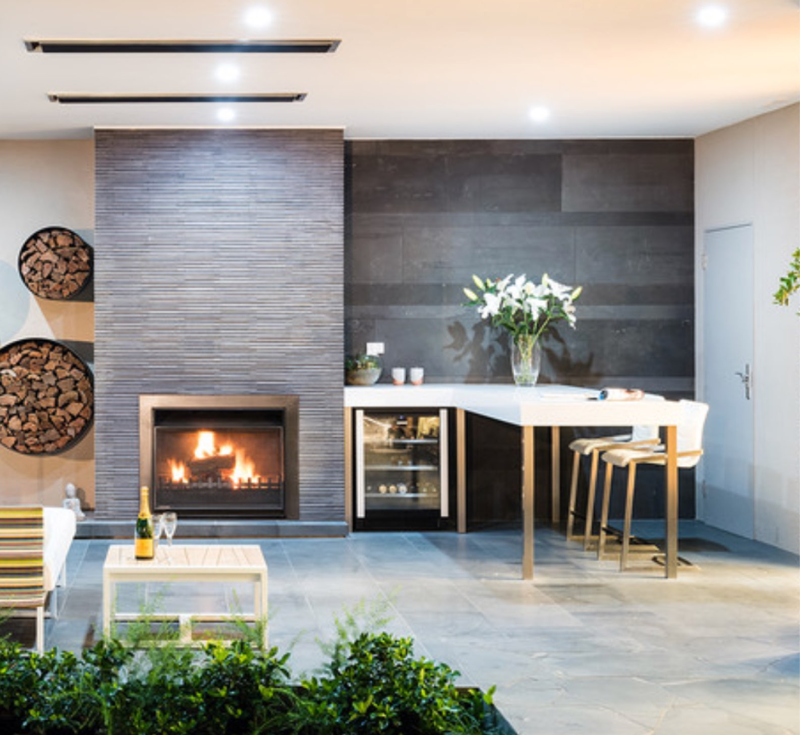 Luxury Outdoor Design Ideas & Remodel Photos | Houzz-1.jpg