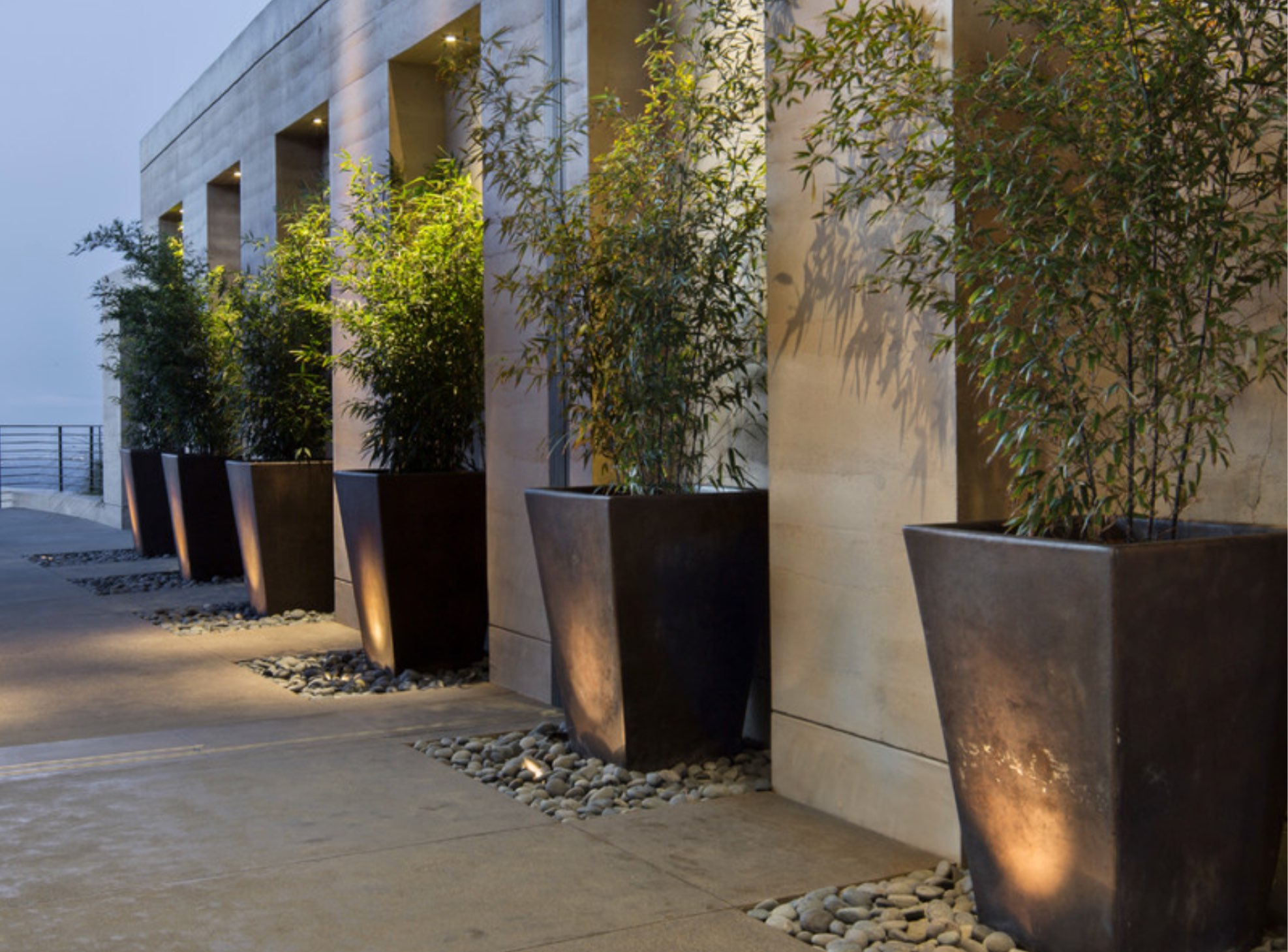 Luxury Outdoor Design Ideas & Remodel Photos | Houzz-2.jpg