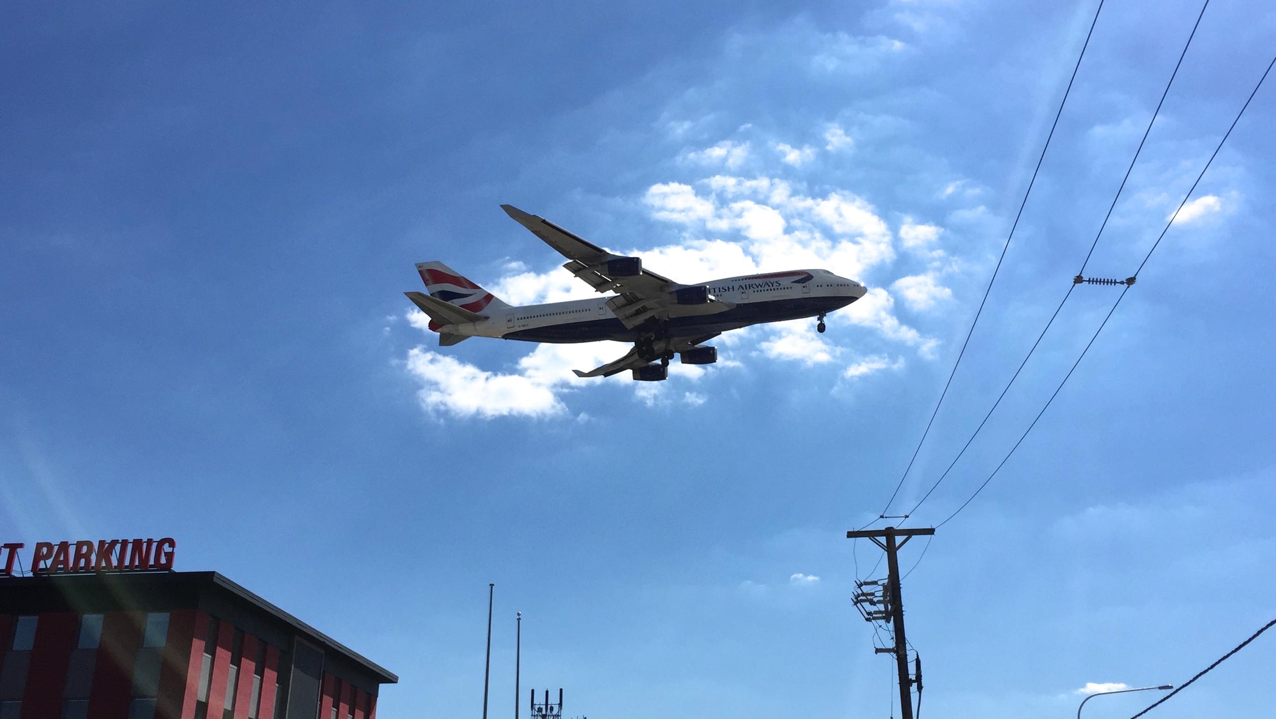 British Airways Boeing 747-400 arriving from London-Heathrow