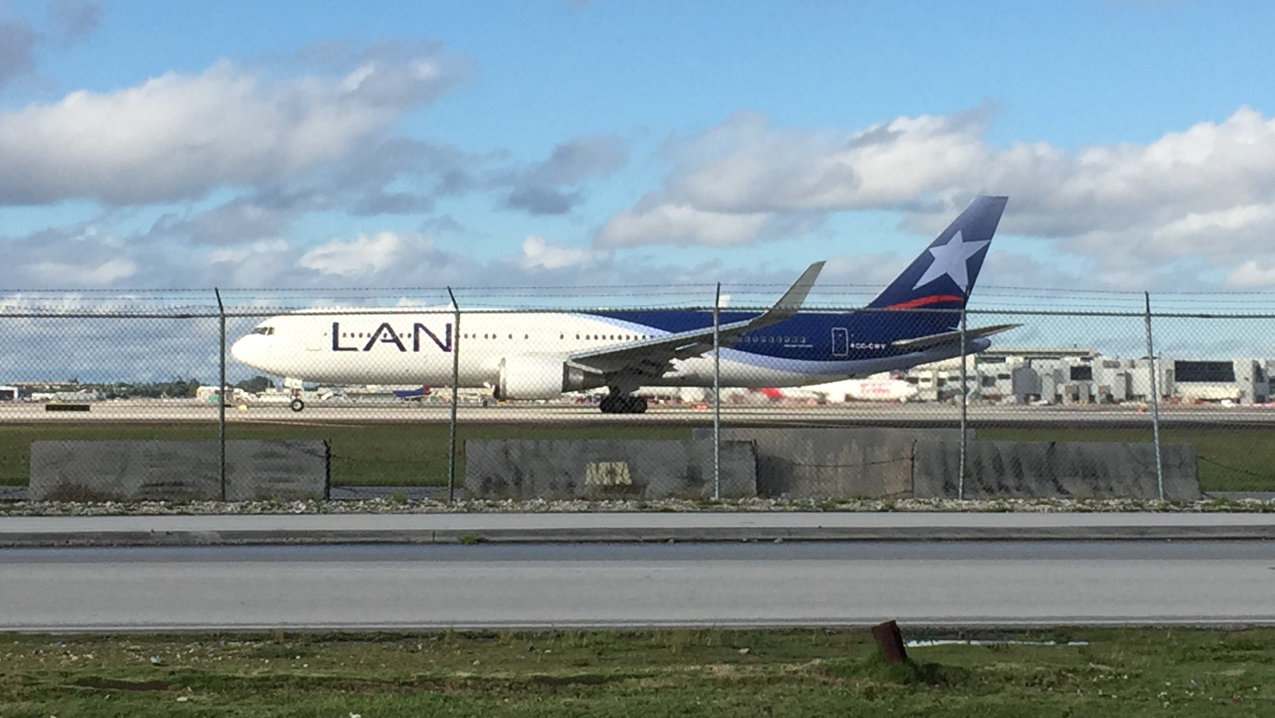 A LAN Airlines B767-300 on its takeoff roll
