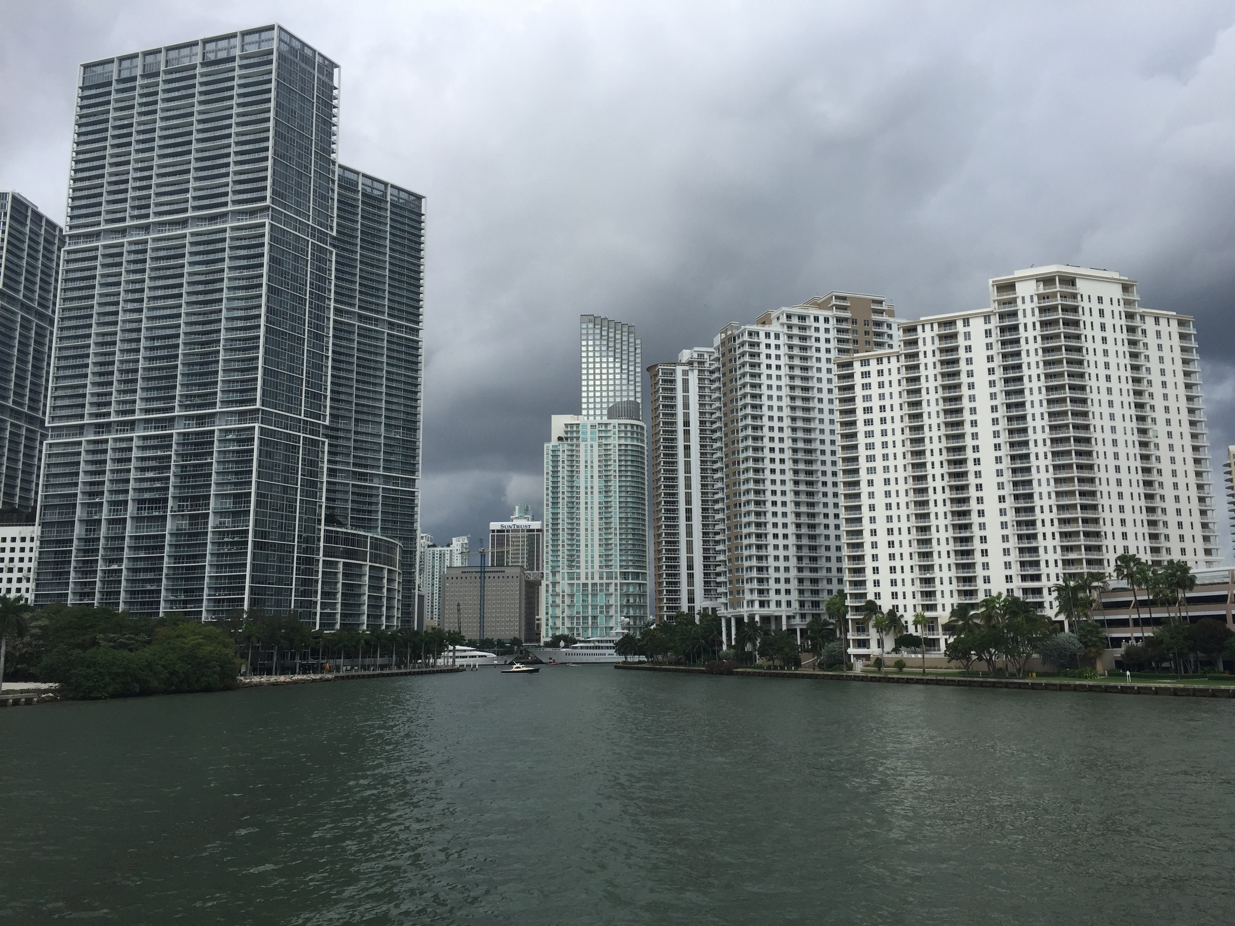 I love walking Brickell Key while in Miami, but where to stay?