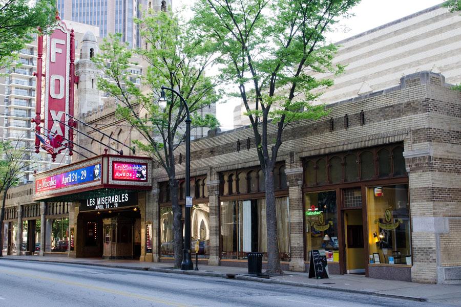 Atlanta's Fox Theatre  (click to enlarge) (Photo:  Broadway Tour )