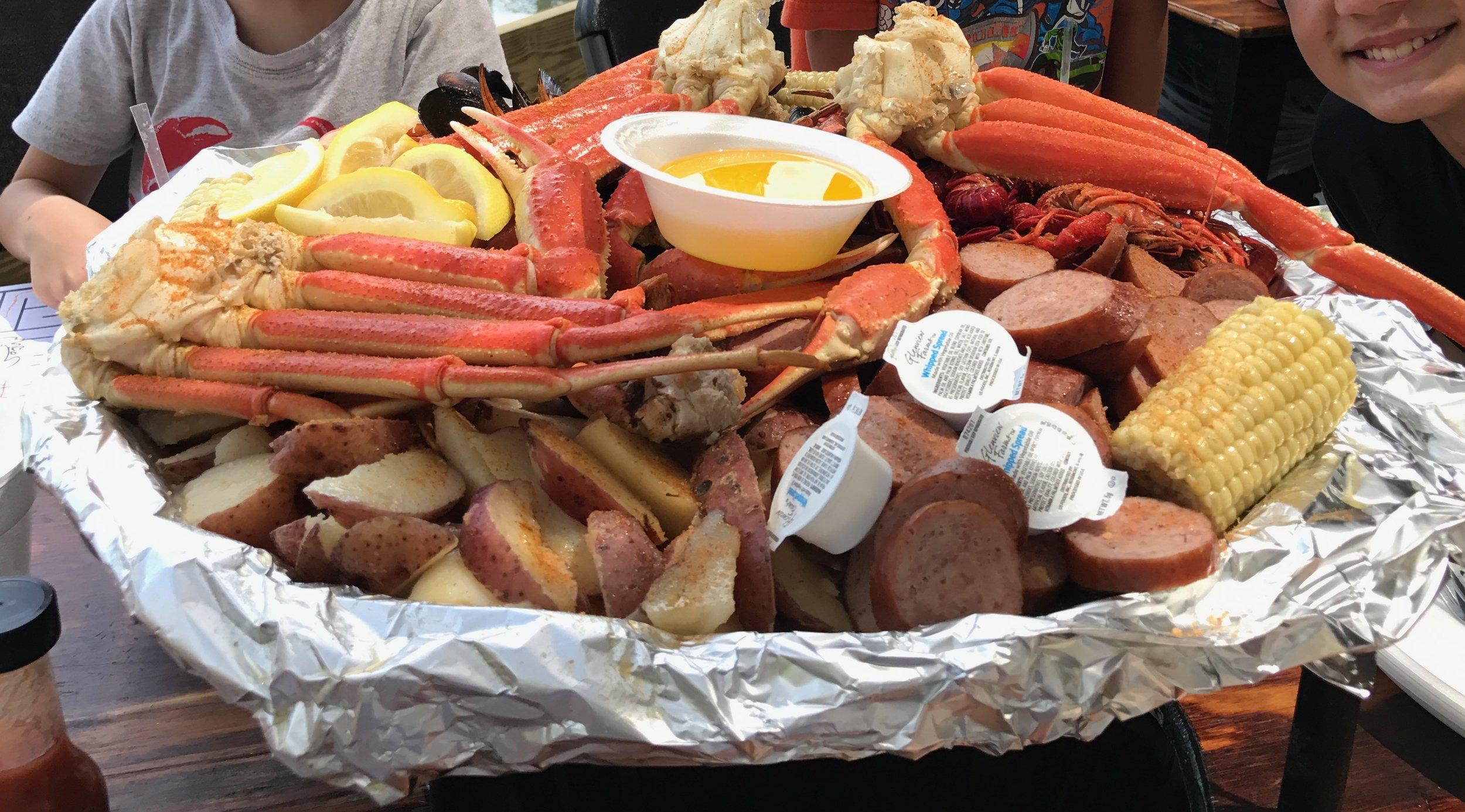 Captain Crab's Sampler Platter at The Crab Shack  (click to enlarge)