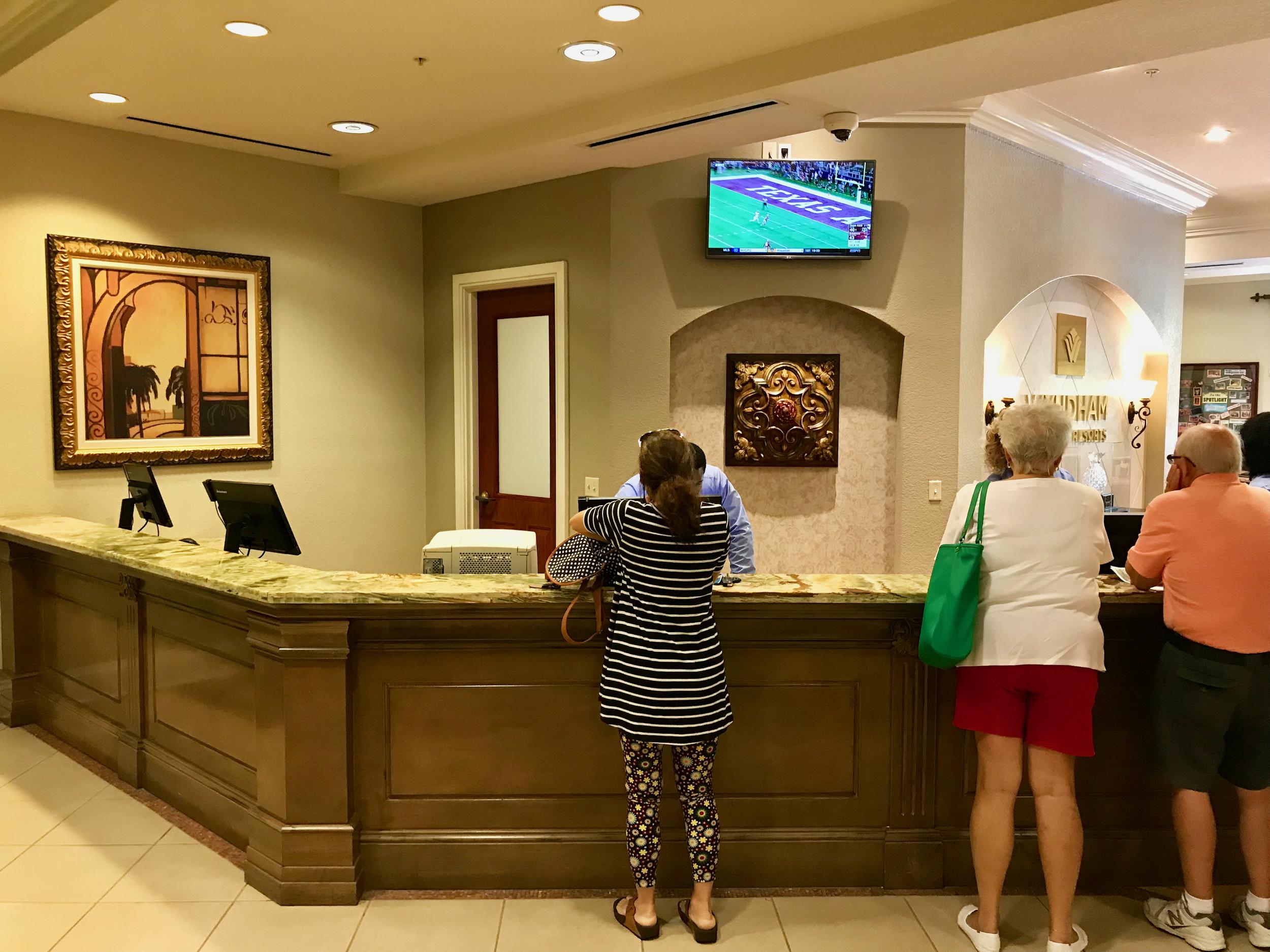 Wyndham Bonnet Creek Resort Visitors Center main desk