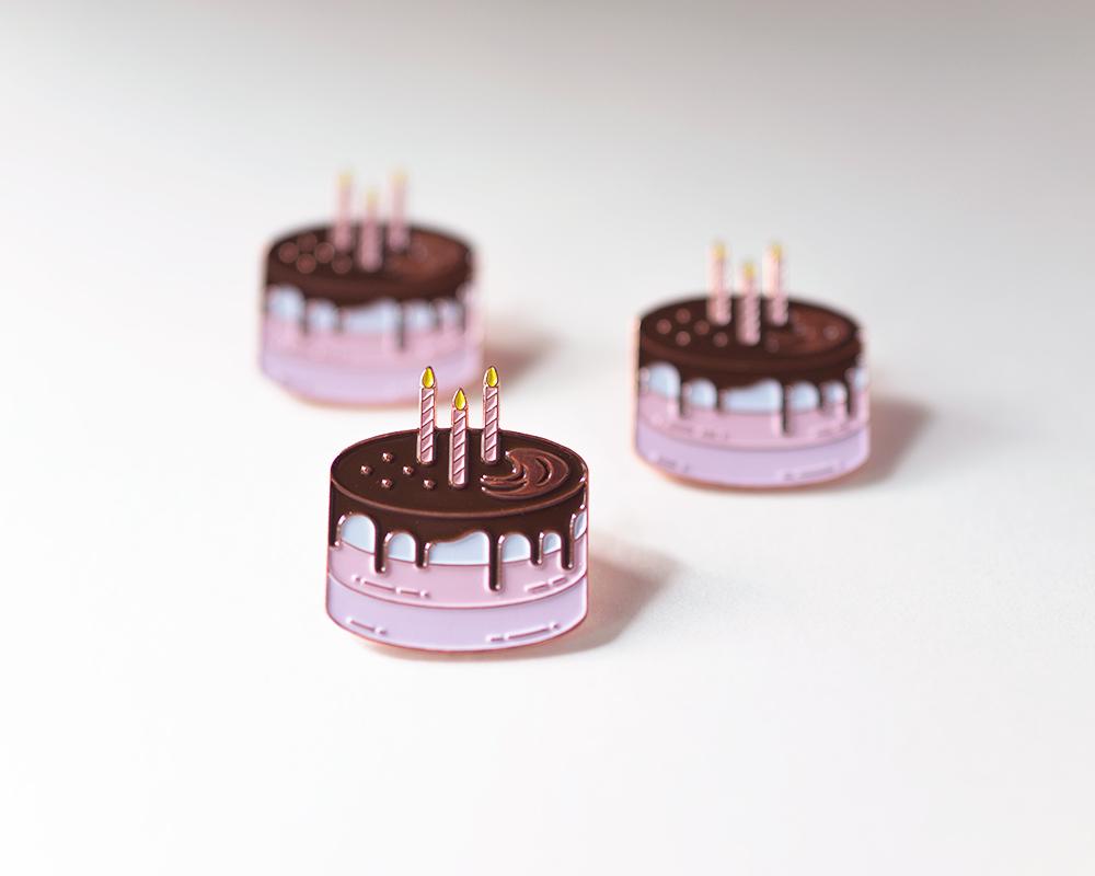 Soirette-Cake-Pin-1.jpg