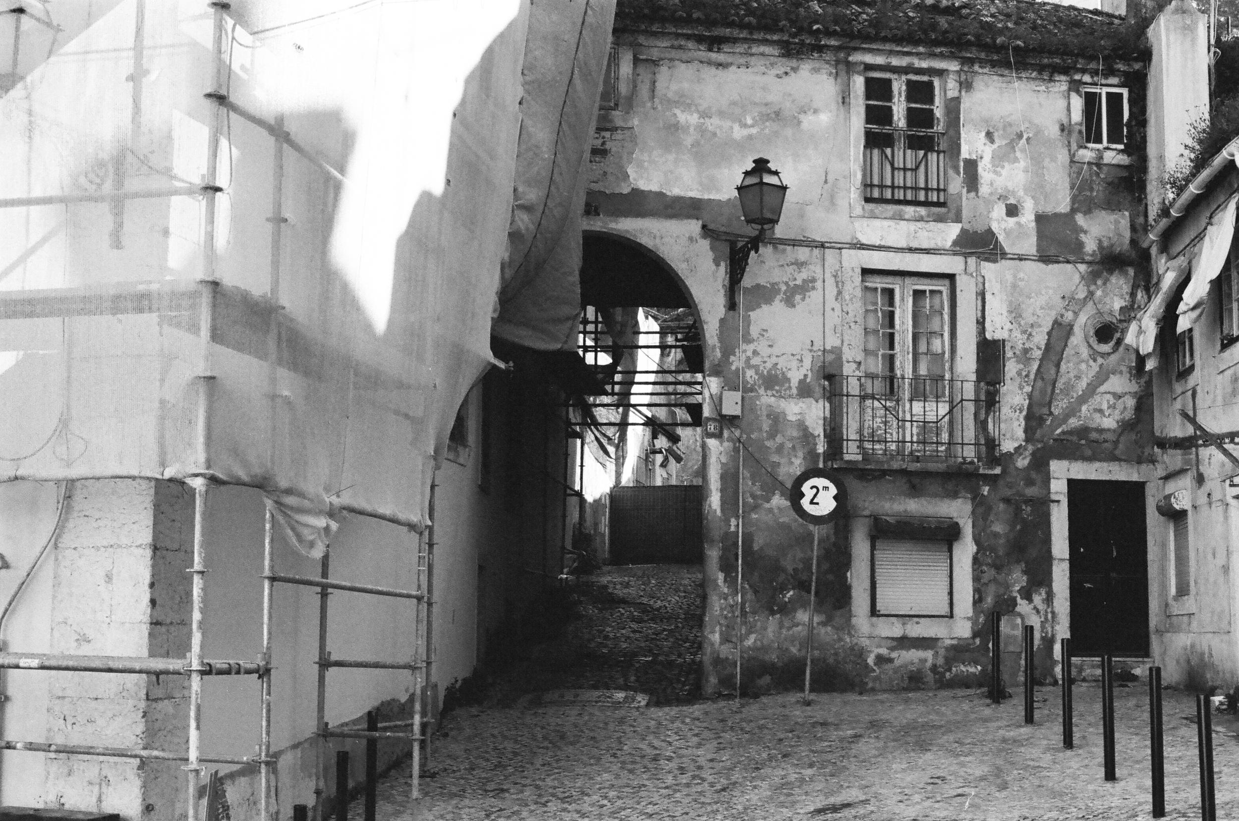 Lisbon, April 2016 (35mm)