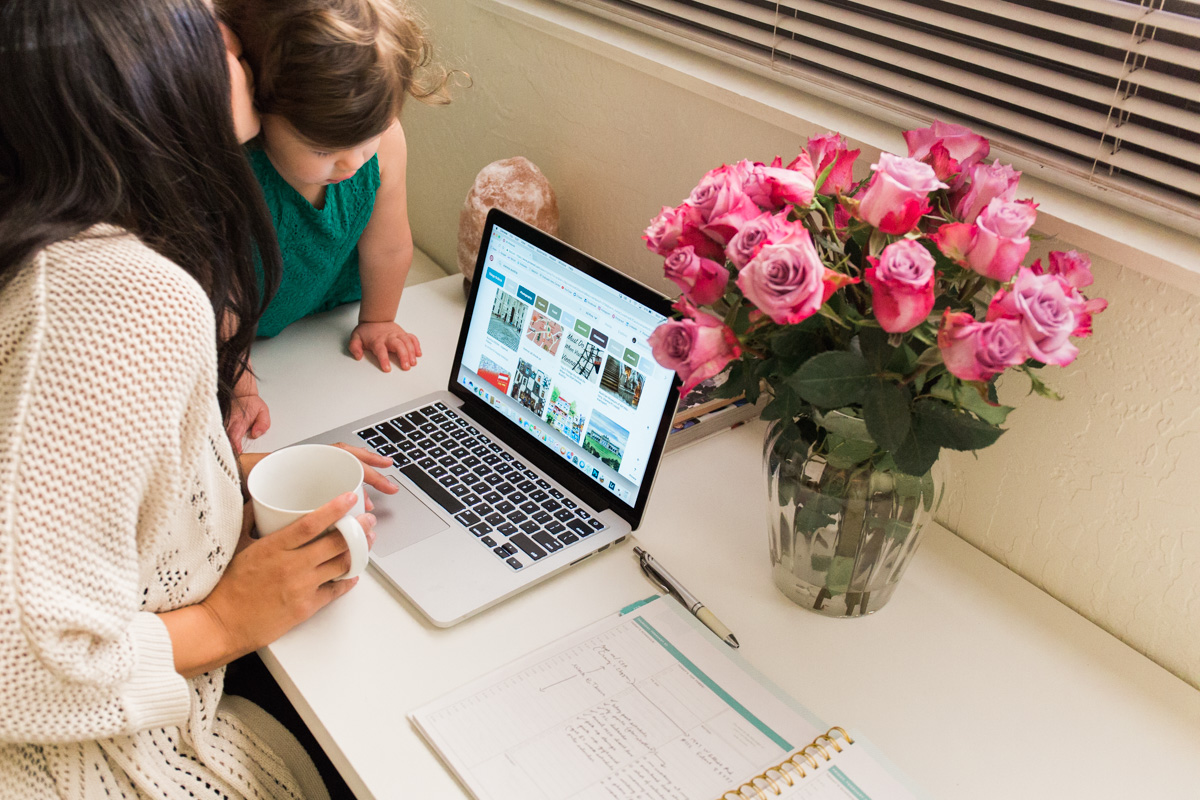 Tips for working from home, business and lifestyle blog by Alexandria Whitefeather