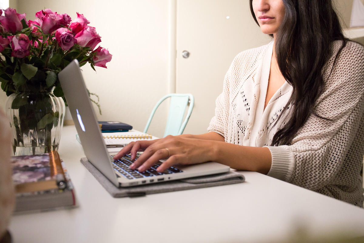 Working from home tips, lifestyle blog by Alexandria Whitefeather