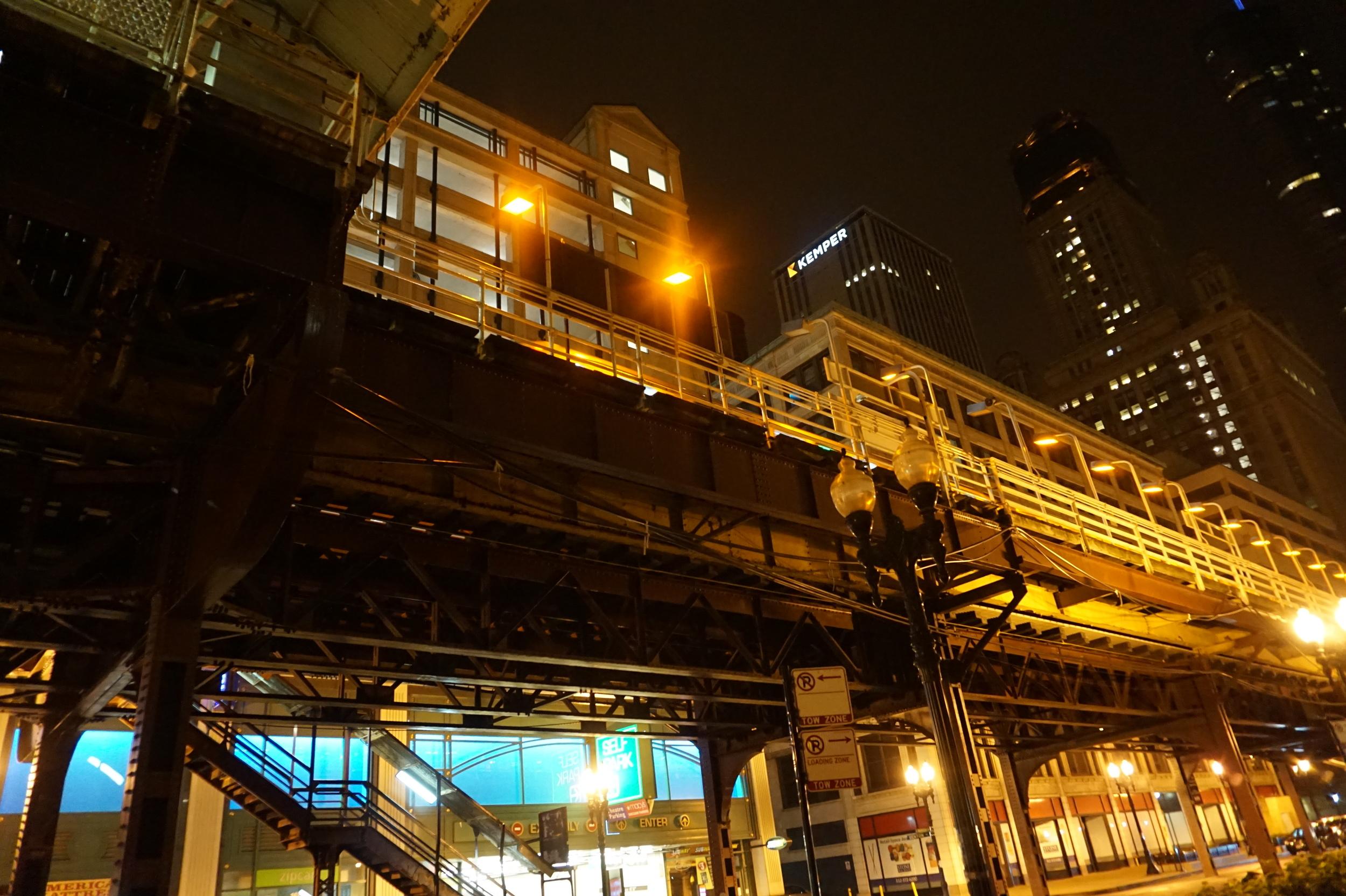 chicago_train.jpg