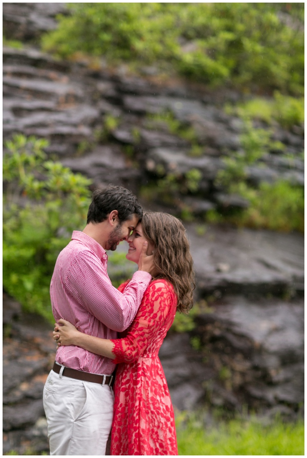 blue ridge mountains-engagement-session-rustic-forest-fog-rain-ashville_0011