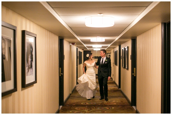 artrevolution-chicago-wedding-candid-portraits-bride-groom-summer-art-institute_0009