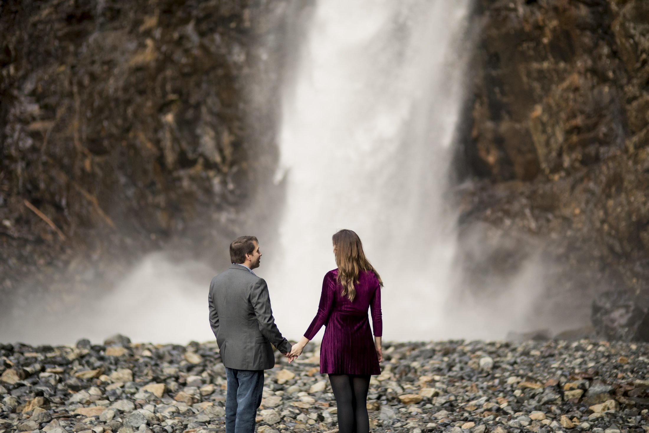 pacific northwest, engagement, seattle, franklin falls, snoqualmie, adventure-011.jpg