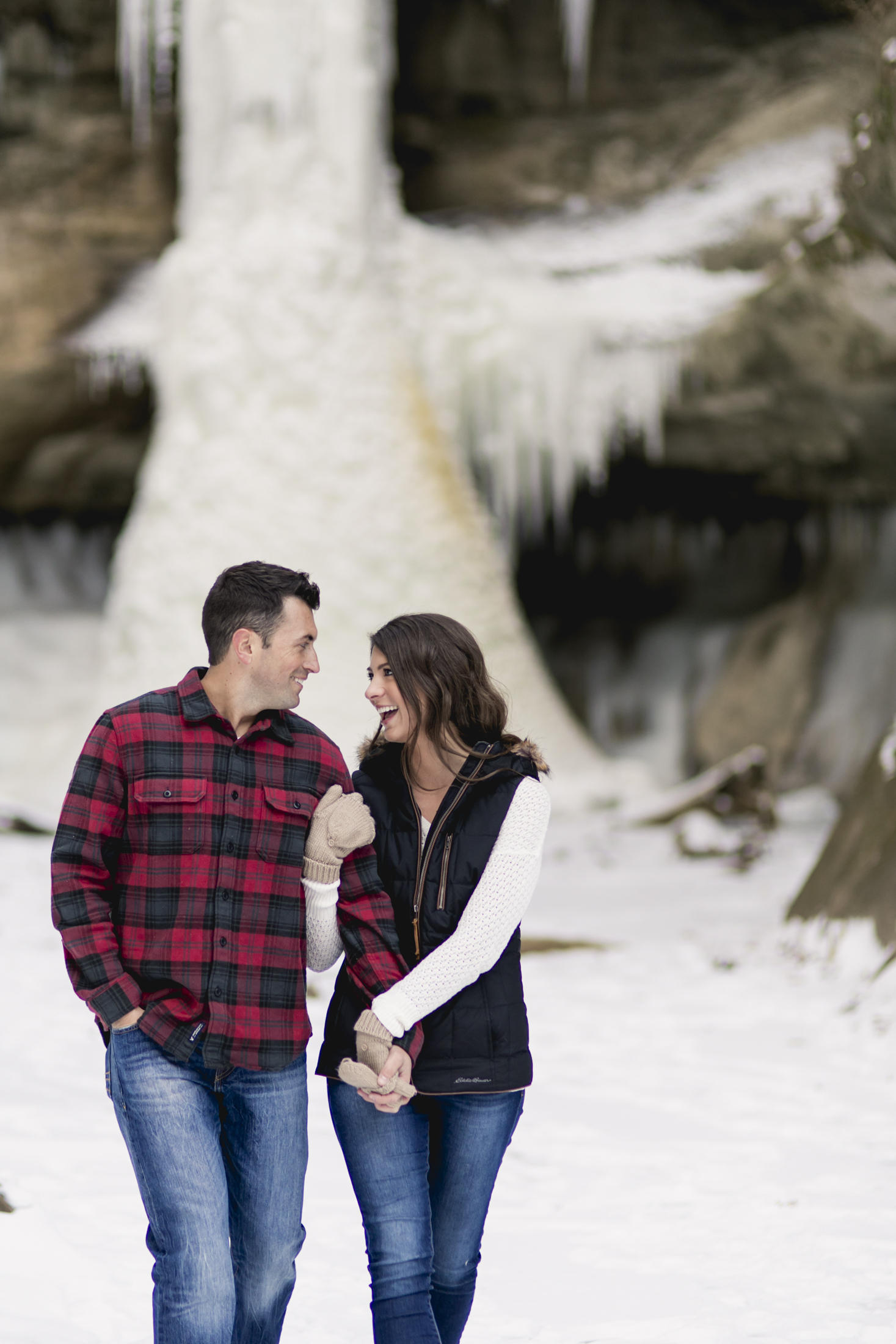 pacific northwest, engagement, seattle, adventure, frozen, waterfall-015.jpg