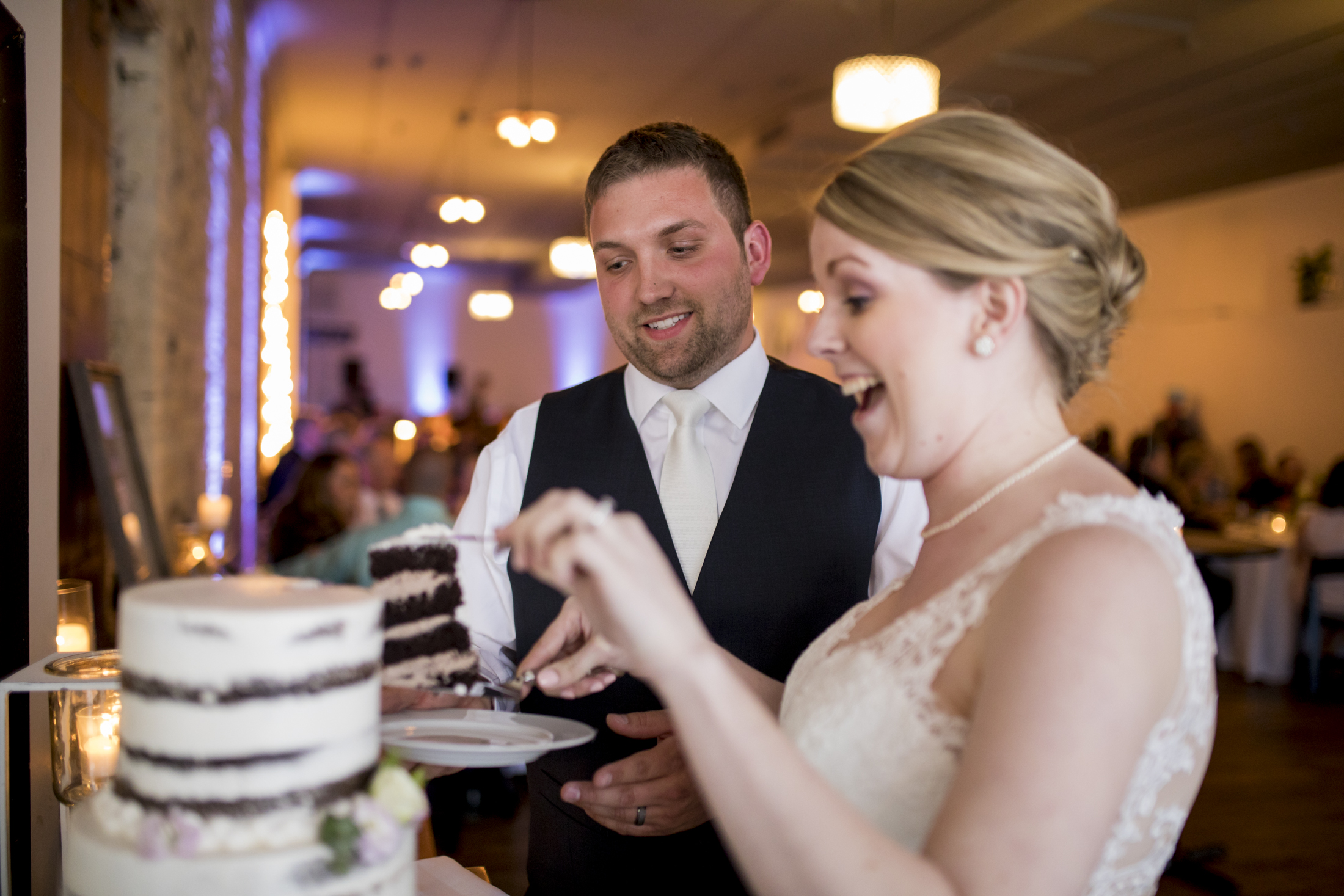 seattle, destination, milwaukee, candid, photojournalistic, wedding, summer-058.jpg