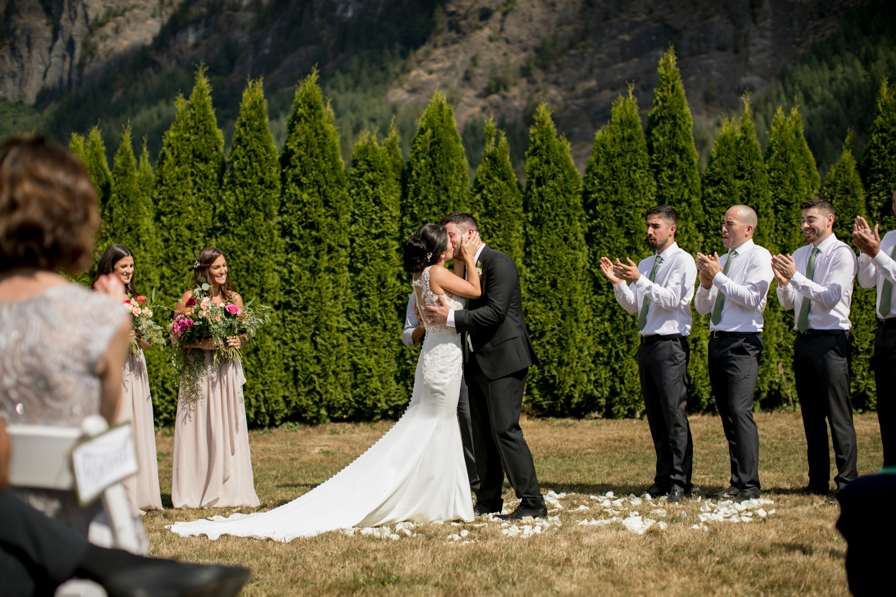 seatte, wedding, photographer, North Bend, Bybee Farms, Snoqualmie, issaqua,_0049.jpg