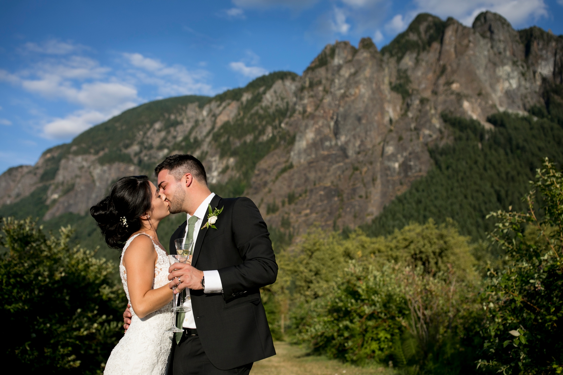 seatte, wedding, photographer, North Bend, Bybee Farms, Snoqualmie, issaqua,_0079.jpg