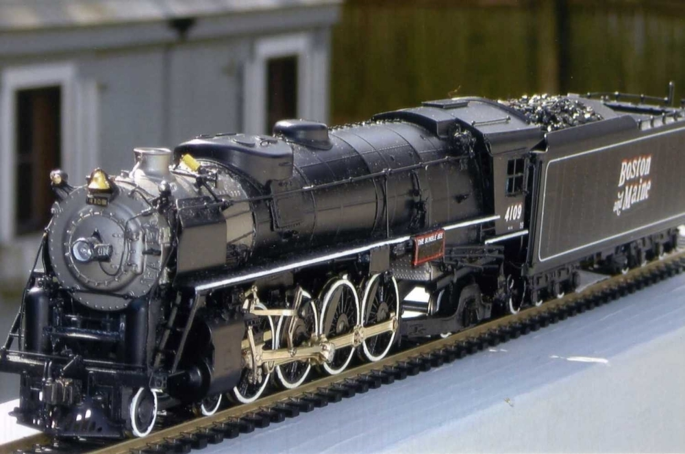 "Model of B&M No. 4109 ""The Bumble Bee,"" (4-8-2) Class R-1. Robert F. Wilner photo. Digital image made from photograph in Boston & Maine Railroad Historical Society Archives. Copyright Boston & Maine Railroad Historical Society, Inc.   Photo 424"