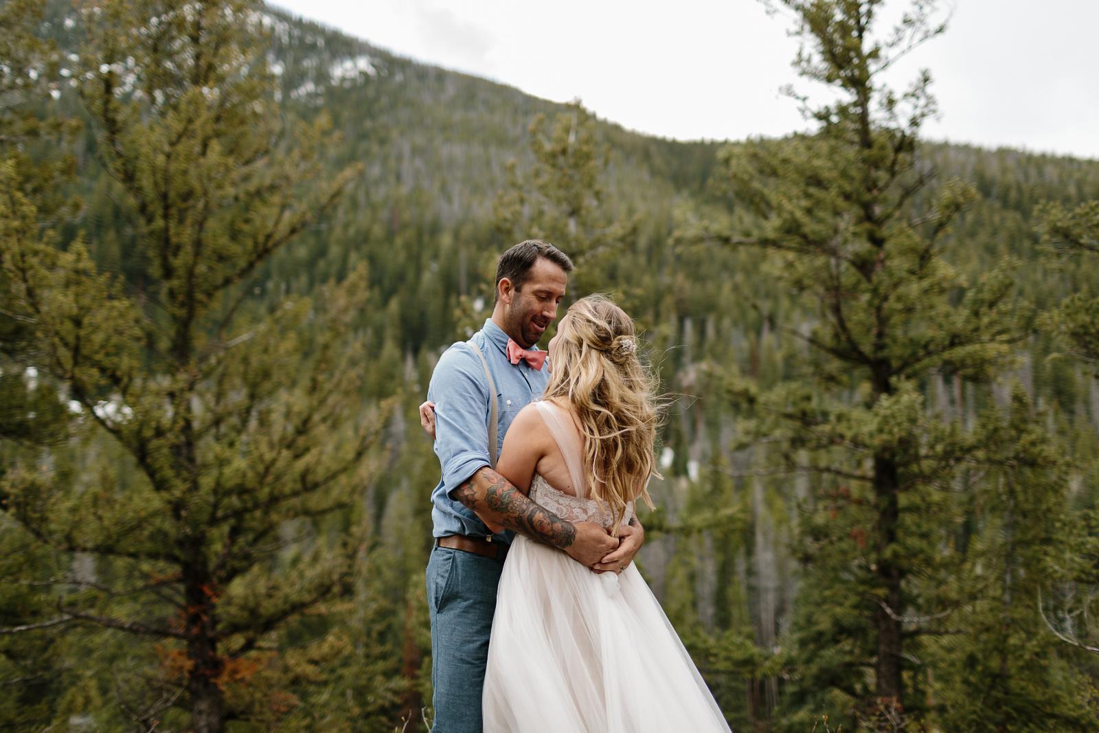 050-vail-elopement-photographer-chris-and-tara.jpg