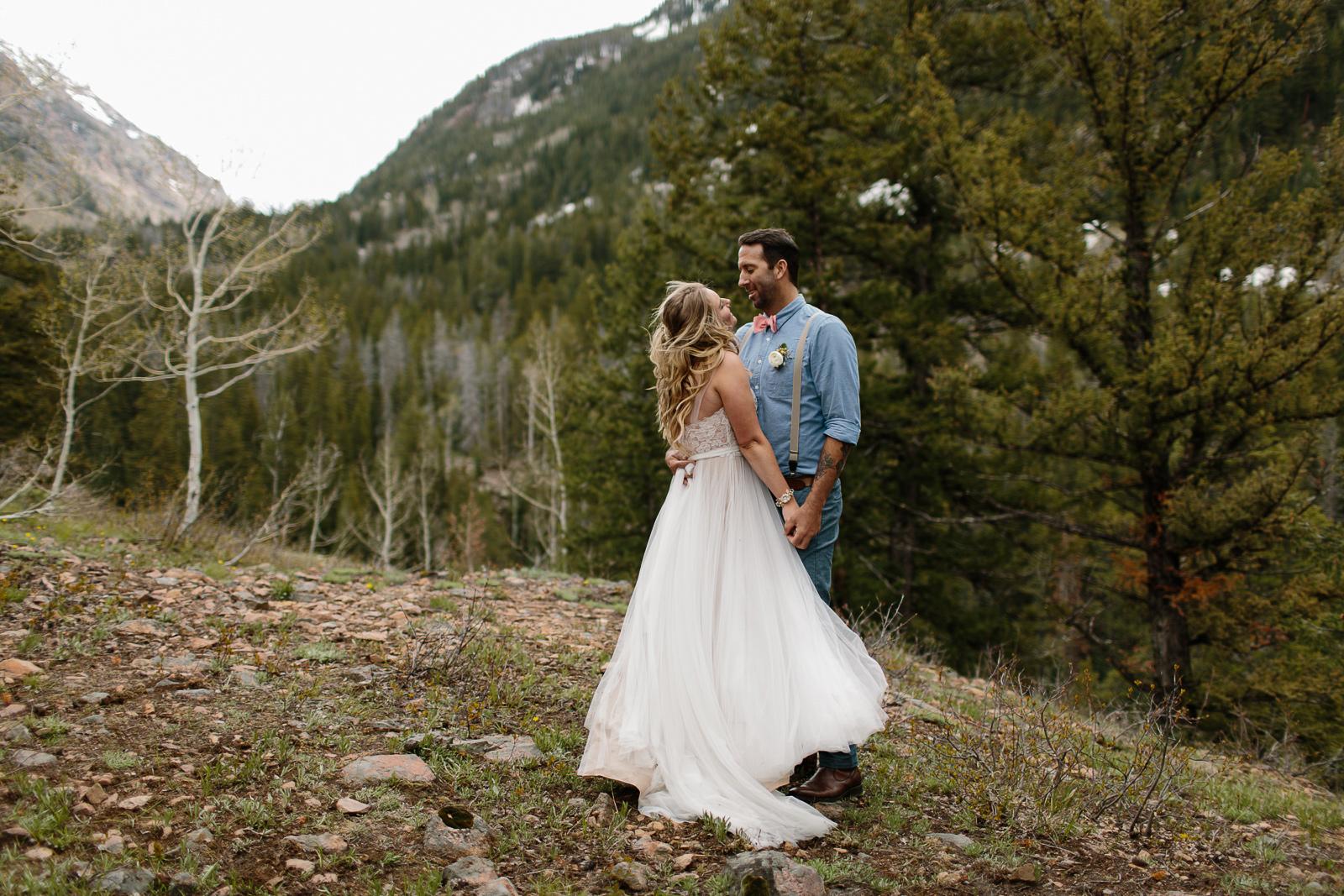 052-vail-elopement-photographer-chris-and-tara.jpg