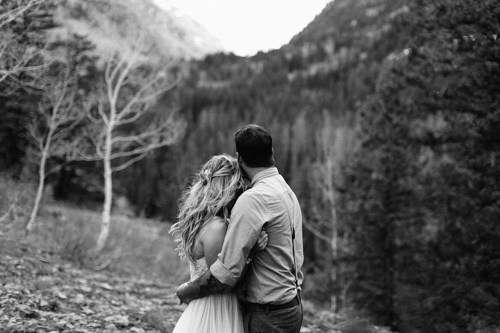 061-vail-elopement-photographer-chris-and-tara.jpg