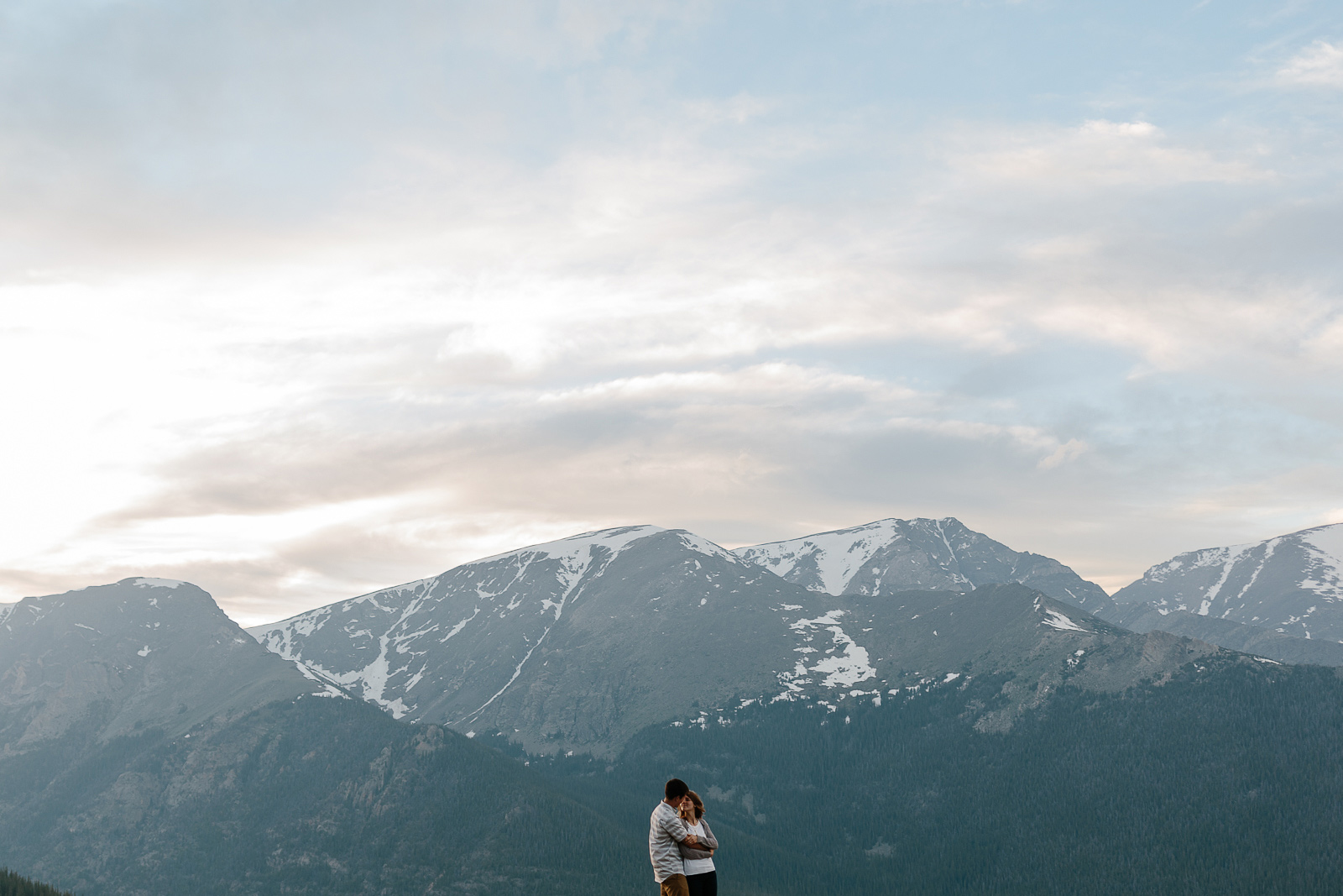 137-rocky-mountain-national-park-engagement-photographer-laurel-and-john.jpg