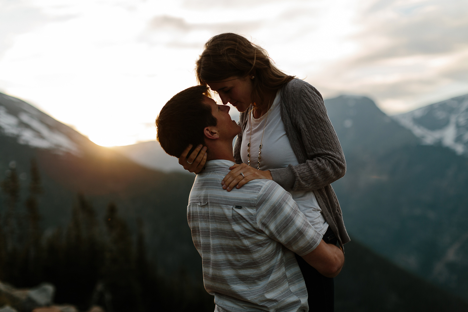 139-rocky-mountain-national-park-engagement-photographer-laurel-and-john.jpg