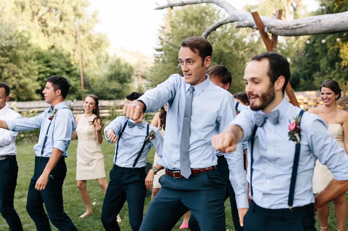 Lyons-Farmette-Wedding-Photographer-Lucy-Austin-Flash-Mob-Dance-50.jpg