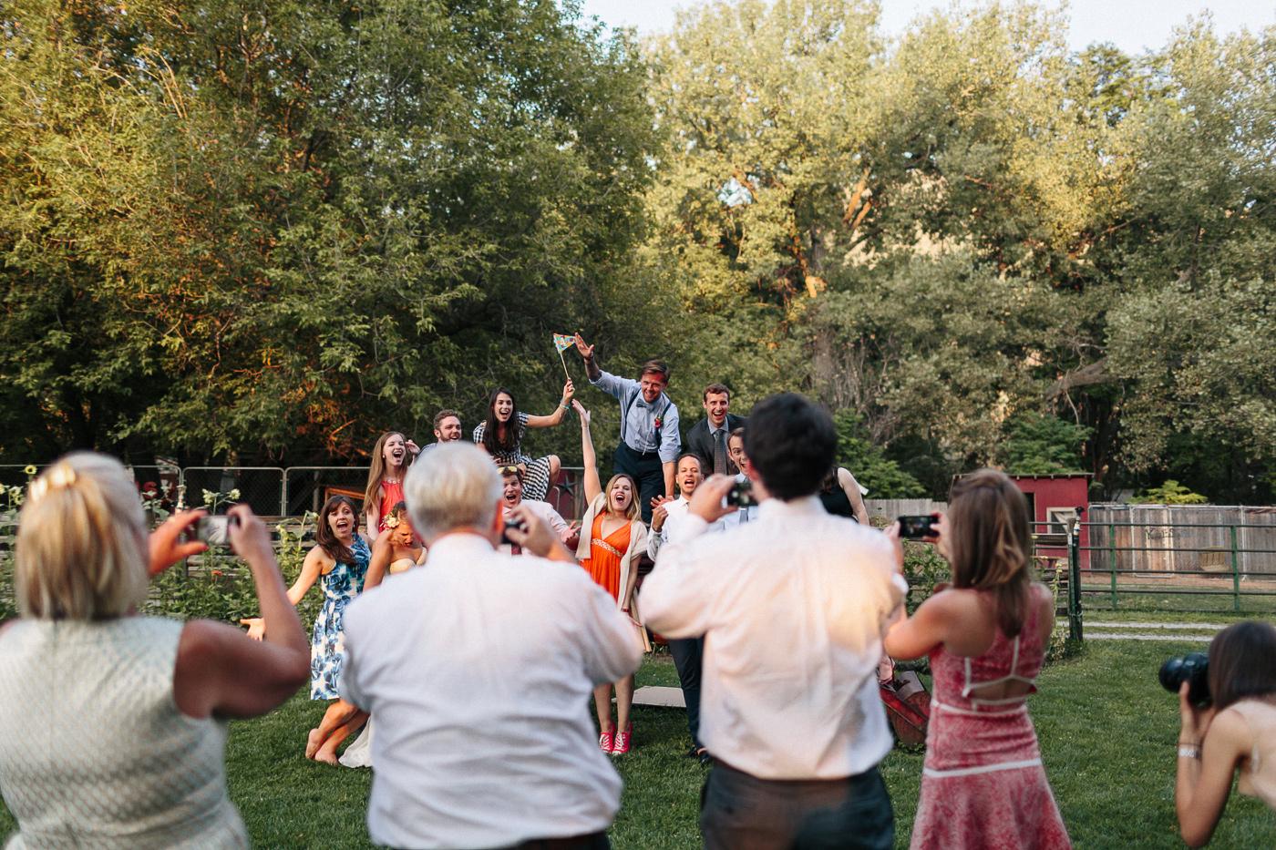 Lyons-Farmette-Wedding-Photographer-Lucy-Austin-Flash-Mob-Dance-63.jpg