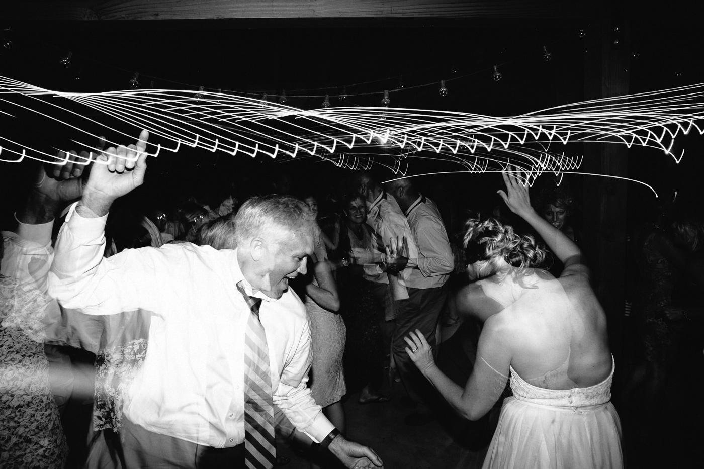 Lyons-Farmette-Wedding-Photographer-Lucy-Austin-Flash-Mob-Dance-77.jpg