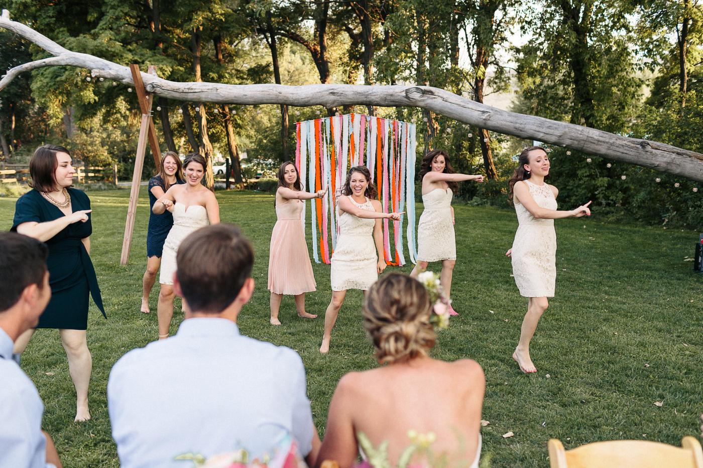 108-lyons-farmette-wedding-photographer-lucy-austin-flash-mob-dance.jpg