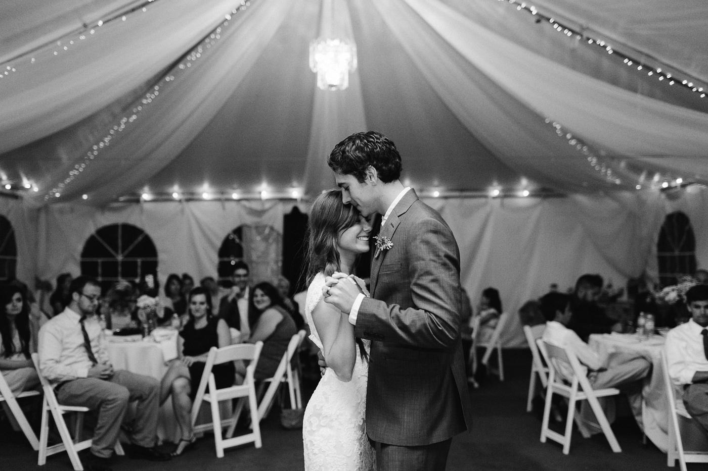 Stone-Mountain-Lodge-Wedding-Photographer-26.jpg