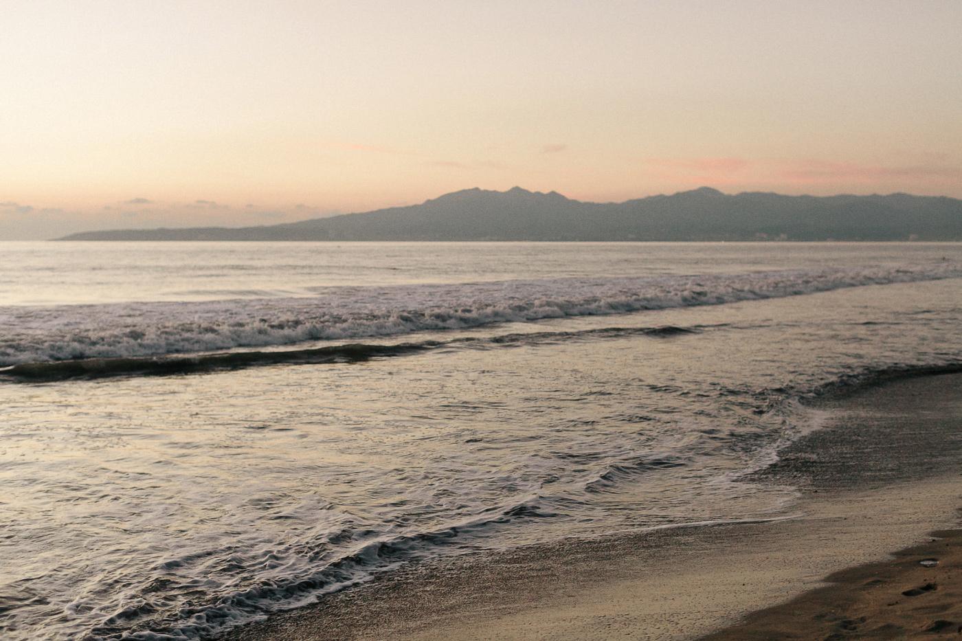 185-puerto-vallarta-beach-sunset.jpg