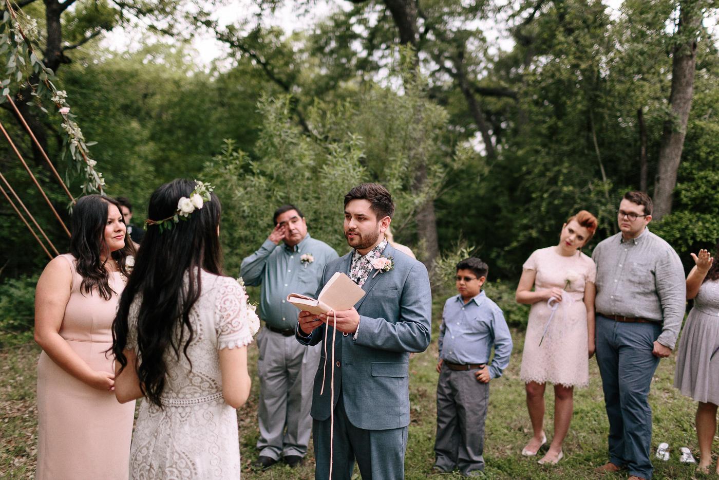 315-wimberley-texas-intimate-backyard-wedding.jpg